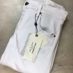 NWT Rag & Bone Standard Issue DISTRESSED Jean